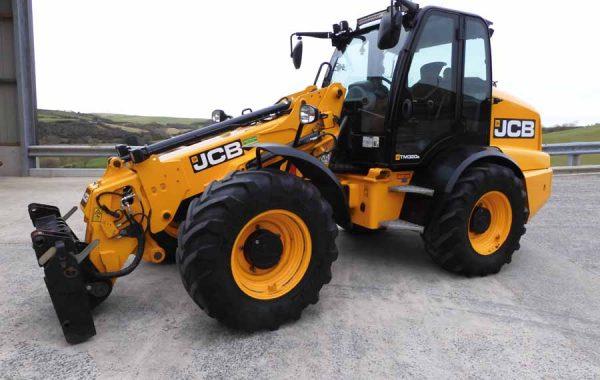 JCB 320s